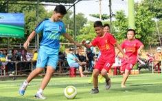 Các trung tâm đào tạo bóng đá trẻ VN còn thiếu điều gì?