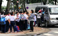 Bán trú vệ tinh tại Đồng Nai: Lo bữa ăn, đi xe ngồi ghế xếp