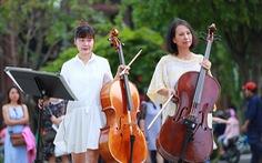 Trình diễn giao hưởng flashmob của Happiness Concert by Acecook Vietnam