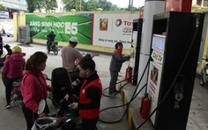 Xăng dầu đồng loạt giảm giá chiều nay 11-11