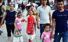 Người Việt mạnh tay chi tiêu đón năm mới