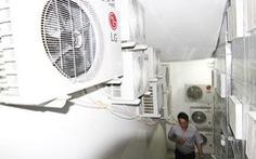 Phạt Mường Thanh 800.000 đồng vì để cục nóng lạnh trên cầu thang