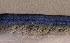 Phát hiện lớp băng khổng lồ dưới bề mặt sao Hỏa