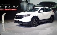 Honda CR-V chênh gần 200 triệu đồng, khách tính trả cọc