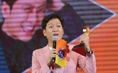 Làm MC, Trường Giang bị khách mời 'chặt chém'