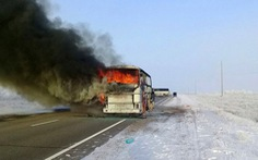 52 công nhân chết thảm trong xe buýt cháy ở Kazakhstan