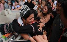 Đắk Lắk gặp gỡ, khen thưởng Hoa hậu Hoàn vũ H'Hen Niê