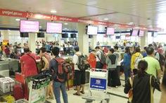 Tăng gần 3000 chuyến bay dịp tết, khách vẫn khó kiếm vé