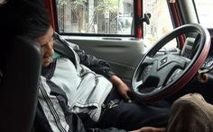 Lái xe container: Hành trình 2.000 cây số