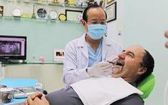 Tiến sĩ Bác sĩ Võ Văn Nhân: Người đưa implant nha khoa Việt Nam vươn tầm thế giới