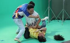 Xem clip hài Lê Dương Bảo Lâm 'náo loạn' trường quay