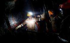 Video gần 1000 thợ mỏ mắc kẹt ở Nam Phi được giải cứu