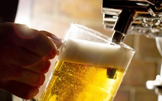 Bộ Y tế lo ngại người dân lấy bia để... giải độc rượu!