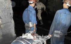 Vệ sinh bồn cá, một công nhân bị máy cuốn tử vong
