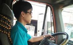 Tài xế xe container chịu nhiều áp lực từ doanh nghiệp vận tải