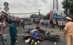 Xe container tông 21 xe máy dừng đèn đỏ, ít nhất 4 người chết