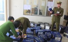 Thanh Hóa bắt 854 chai rượu ngoại nhập lậu trên đường từ Nam ra Bắc