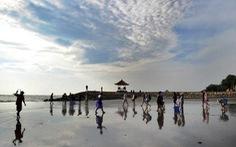 Sợ ở tù vì 'ăn cơm trước kẻng', nhiều khách hủy du lịch tới đảo ngọc Bali