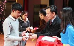 Tết ấm cho gần 400 sinh viên xứ Nghệ