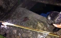Học sinh lớp 1 tử vong dưới bể phốt bỏ hoang