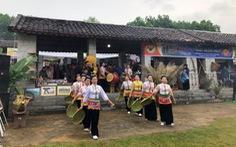 """""""Xuân sum họp"""" tại Làng Văn hóa Du lịch các dân tộc Việt Nam"""