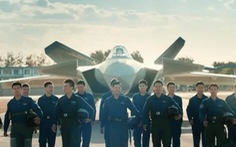 Trung Quốc thiếu phi công do sản xuất tiêm kích quá nhiều