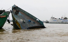 Thuyền trưởng chết trong cabin sau va chạm với tàu nước ngoài