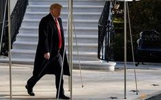 """Ông Trump vẫn cương quyết đòi đủ tiền xây 'bức tường"""" nhưng chịu tường thép"""