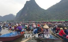 Hà Nội 'tuyên chiến' với trục lợi lễ hội