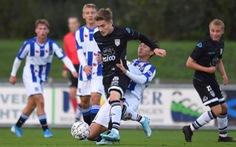 Video hai pha tắc bóng lợi hại của Văn Hậu trong trận gặp Jong Heracles