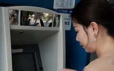 Thúc đẩy thanh toán không tiền mặt: Miễn giảm phí chuyển mạch và bù trừ điện tử