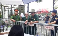 Trụ sở VFF được bảo vệ bởi 50 cảnh sát, đề phòng CĐV quá khích đòi mua vé