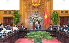 Thủ tướng đề nghị Samsung chuyển giao công nghệ cho doanh nghiệp hỗ trợ
