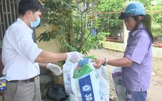 Video: Mang rác nông nghiệp đổi lấy quà ở Đồng Tháp
