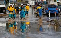 Bão Hagibis cuốn rác thải sau khử nhiễm xạ ở Nhật xuống sông