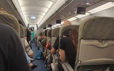 Máy bay 2 lần đáp xuống sân bay Đà Nẵng rồi lại vút lên bất thường