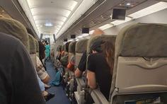 Vietnam Airlines nói máy bay 'vút lên 2 lần' do thời tiết