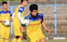Vì sao Công Phượng không vào sân thay người trận Indonesia - VN?