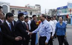 Thủ tướng nhắc giảm rác thải nhựa khi tiếp xúc cử tri Hải Phòng