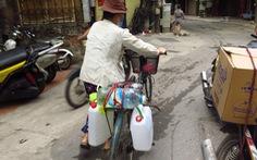 Chưa hoàn hồn vụ cháy Rạng Đông, dân Hạ Đình lại khổ vì nước