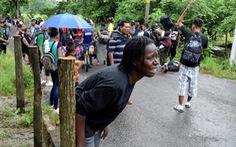 Cả triệu người di cư bị chặn đường vào Mỹ