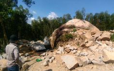 Ồ ạt khai thác đá trái phép, đường dân sinh bị phá tan hoang