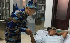 Kịp thời chuyển bệnh nhân đi cấp cứu tại Trường Sa