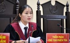 Chủ tọa phiên tòa gian lận thi ở Hà Giang: Nhờ xem điểm được nâng điểm là 'điều rất vô lý'