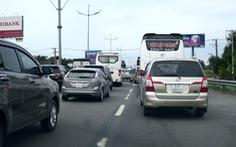 Bỏ cấm xe trên 5 tấn trên quốc lộ 1 để 'cứu' cao tốc TP.HCM-Trung Lương