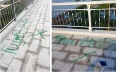 Xịt sơn 'xí chỗ' bán hàng ngay trên cầu đẹp nhất Hải Phòng