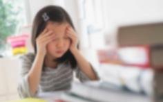 Người lớn né tránh, người trẻ chơi vơi trước áp lực, trầm cảm