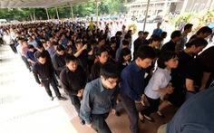Dòng người đổ về tiễn biệt cố Thứ trưởng Bộ GD-ĐT Lê Hải An