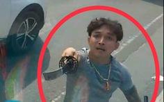 Xe hơi của tài xế vung kiếm chém nát kính xe tải là xe bị trộm?