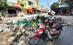 Bãi rác khổng lồ 'vô chủ' bủa vây sau ngập lụt lịch sử ở Vinh